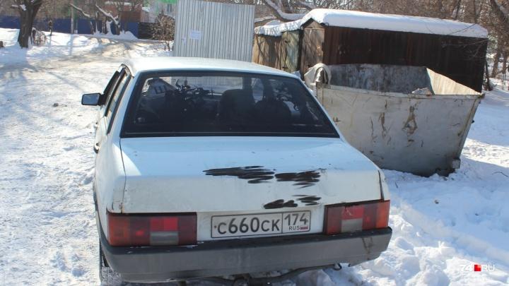 Полиция отказала в возбуждении дела на водителя джипа, утащившего неугодный ВАЗ