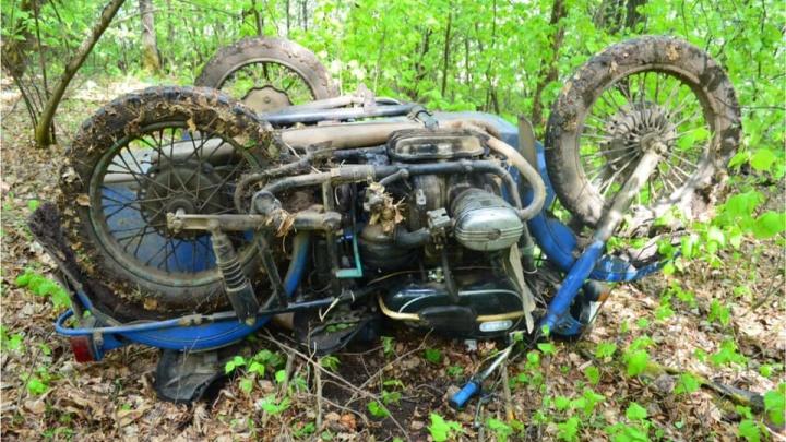 Двигался через лес — в Башкирии погиб мотоциклист