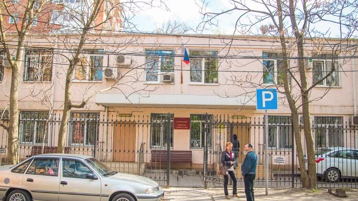 Жительницу Каменска-Шахтинского осудят за издевательства над сыном