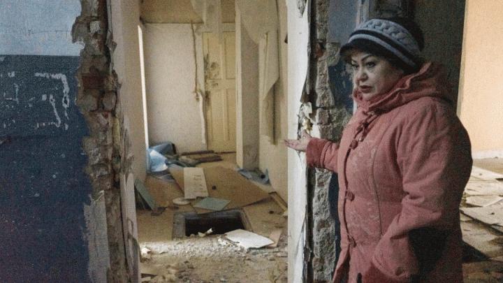 Женщина, которую выселяют из дома на ВИЗе, добилась увеличения компенсации, но все равно недовольна