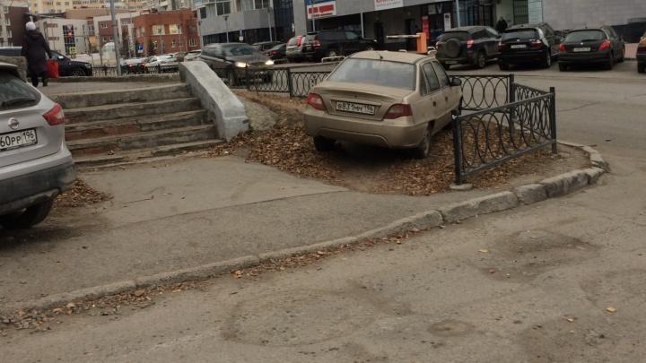 «Я паркуюсь как...»: проверьте, как хорошо вы знаете правила стоянки