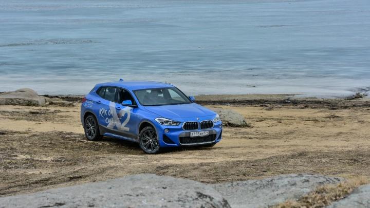 Шустрый автомобиль со спортивным характером: тестируем новый BMW X2 на сельских дорогах