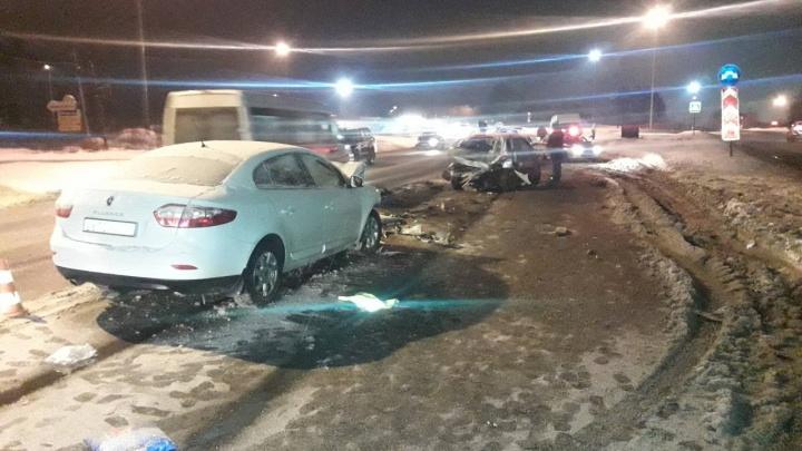 В Перми в массовой аварии с микроавтобусом пострадали два ребенка