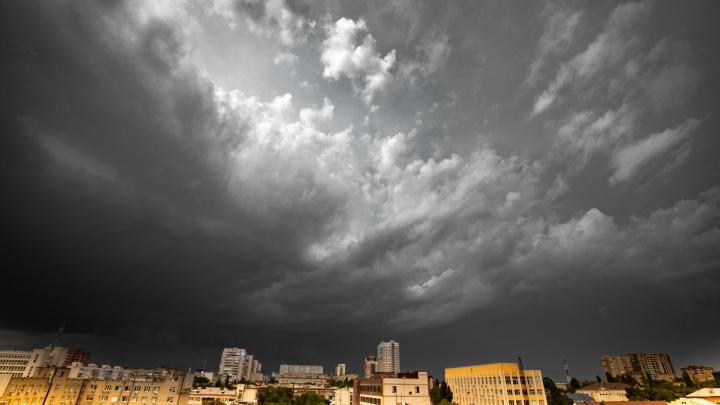 Росгидрометцентр: угроза шторма на Дону сохранится до конца рабочей недели