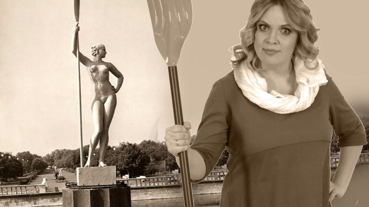 Знаменитая девушка с веслом повзрослела и вышла замуж