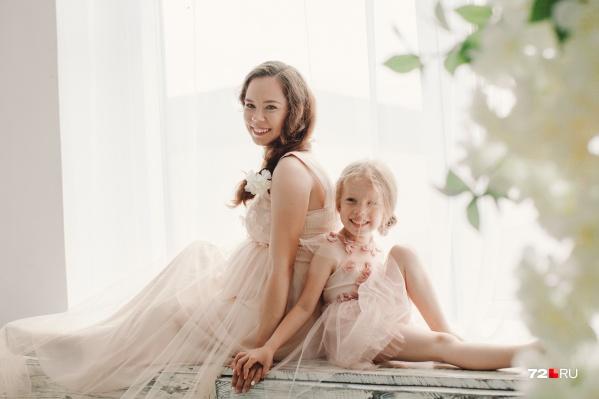 У этих мам есть одна общая черта: каждая источник счастья видит в своих дочках-сыночках