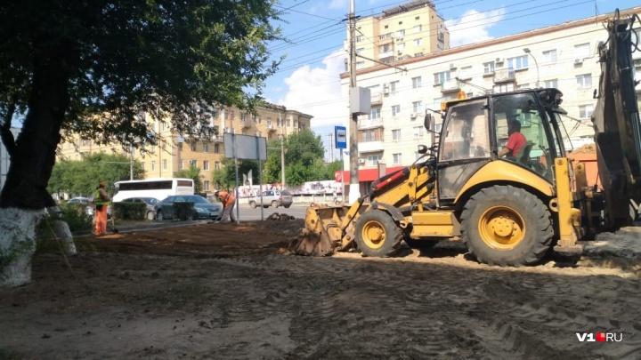 Здесь будут расти деревья: на 7-й Гвардейской в Волгограде готовятся раскрасить листвой пустырь