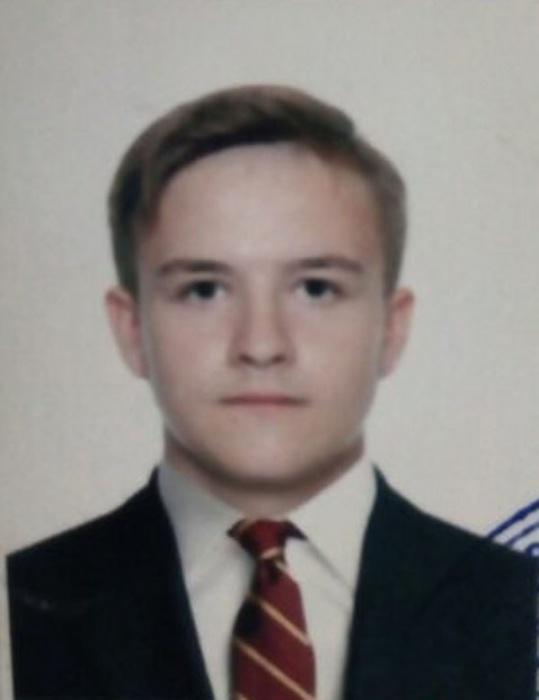 Владислав не появлялся дома уже больше месяца