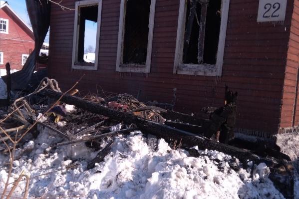 После пожара дом требуется полностью разобрать