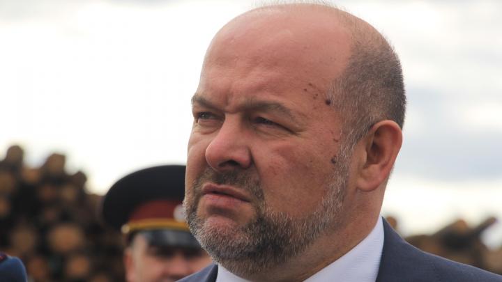 Игорь Орлов сказал, что надо эвакуировать понтоны, которые после ЧП в Нёноксе могут быть опасны