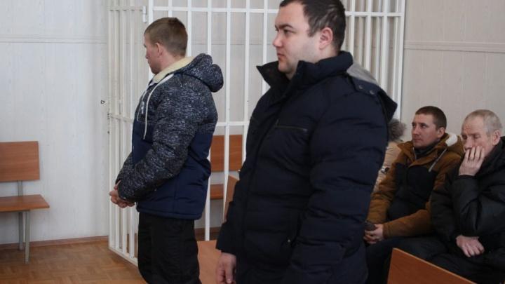 Зауральцев осудили за помощь мигранту из Азербайджана, который очень хотел попасть в Россию