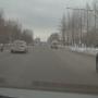 Выехал на встречку и на красный: челябинец снял на видео, как зарубились «Яндекс.Такси» и BMW