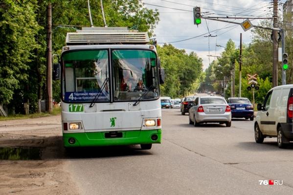 Вместо 4-го троллейбуса несколько месяцев будет ездить автобус №4т