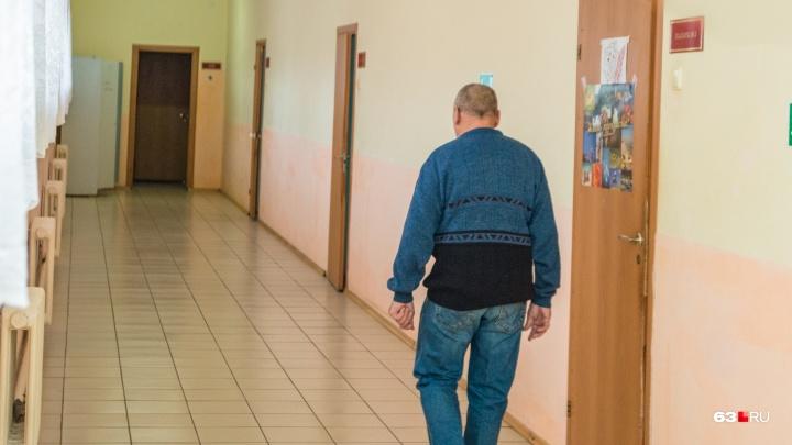 Смертельный лимонад: житель Тольятти отравился ядреной смесью из соды и уксуса