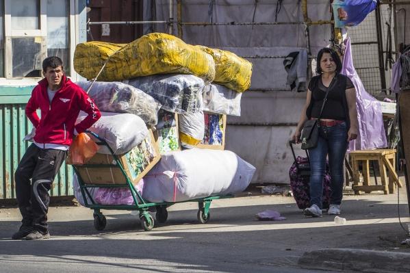 Фиктивную регистрацию получила почти сотня мигрантов