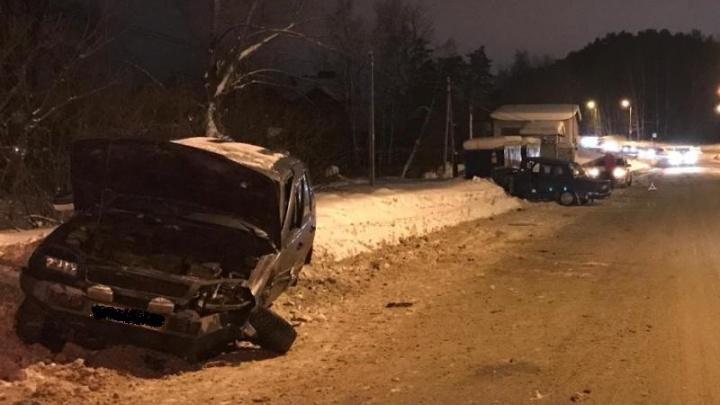 В Закамске пьяный водитель ВАЗа устроил ДТП с пострадавшими