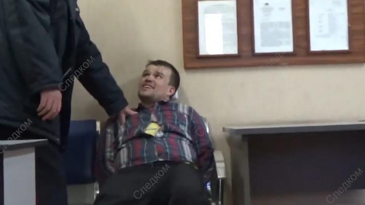 На южноуральца завели два дела за драку при посадке в самолёт в новосибирском аэропорту