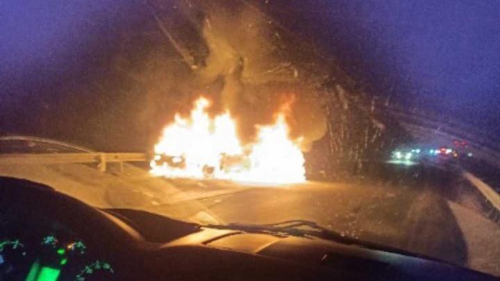 Водитель сгорел заживо: стали известны подробности жуткого ДТП с пылающими машинами