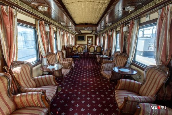 99% пассажиров элитного поезда — иностранные пенсионеры