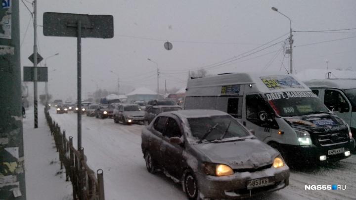 Рабочая неделя в Омской области начнётся с метели