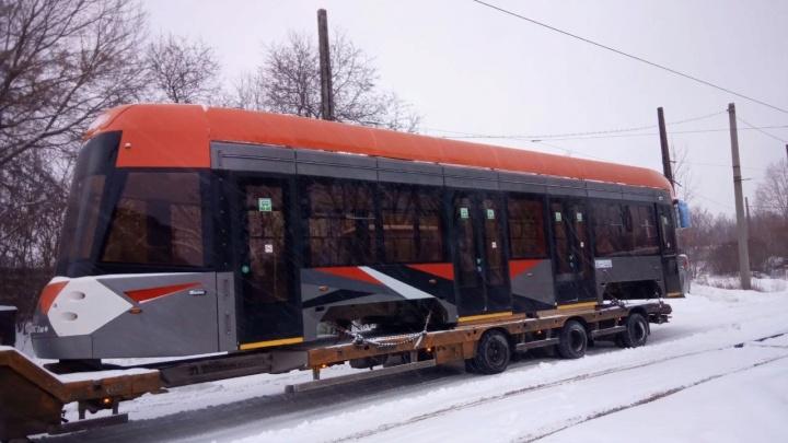 Челябинские транспортники рассказали, когда выведут на линию новый низкопольный трамвай