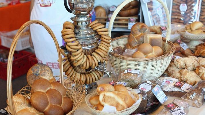 На летнюю ярмарку у «Теоремы» привезли деликатесы для идеального пикника