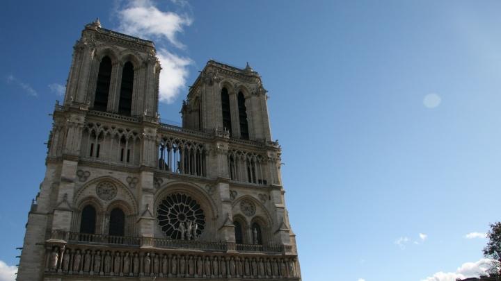 «Собор в Париже горел, как башни-близнецы»: ростовчане вспоминают сгоревший Нотр-Дам де Пари