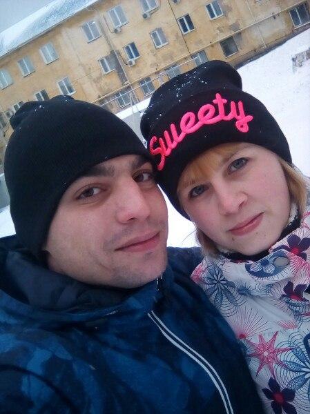 По словам родных, однажды во время ссоры Дмитрий сломал жене руку