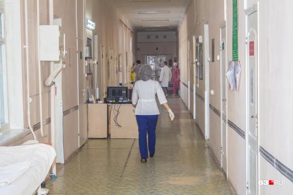 За каждым молодым врачом закрепят опытных наставников
