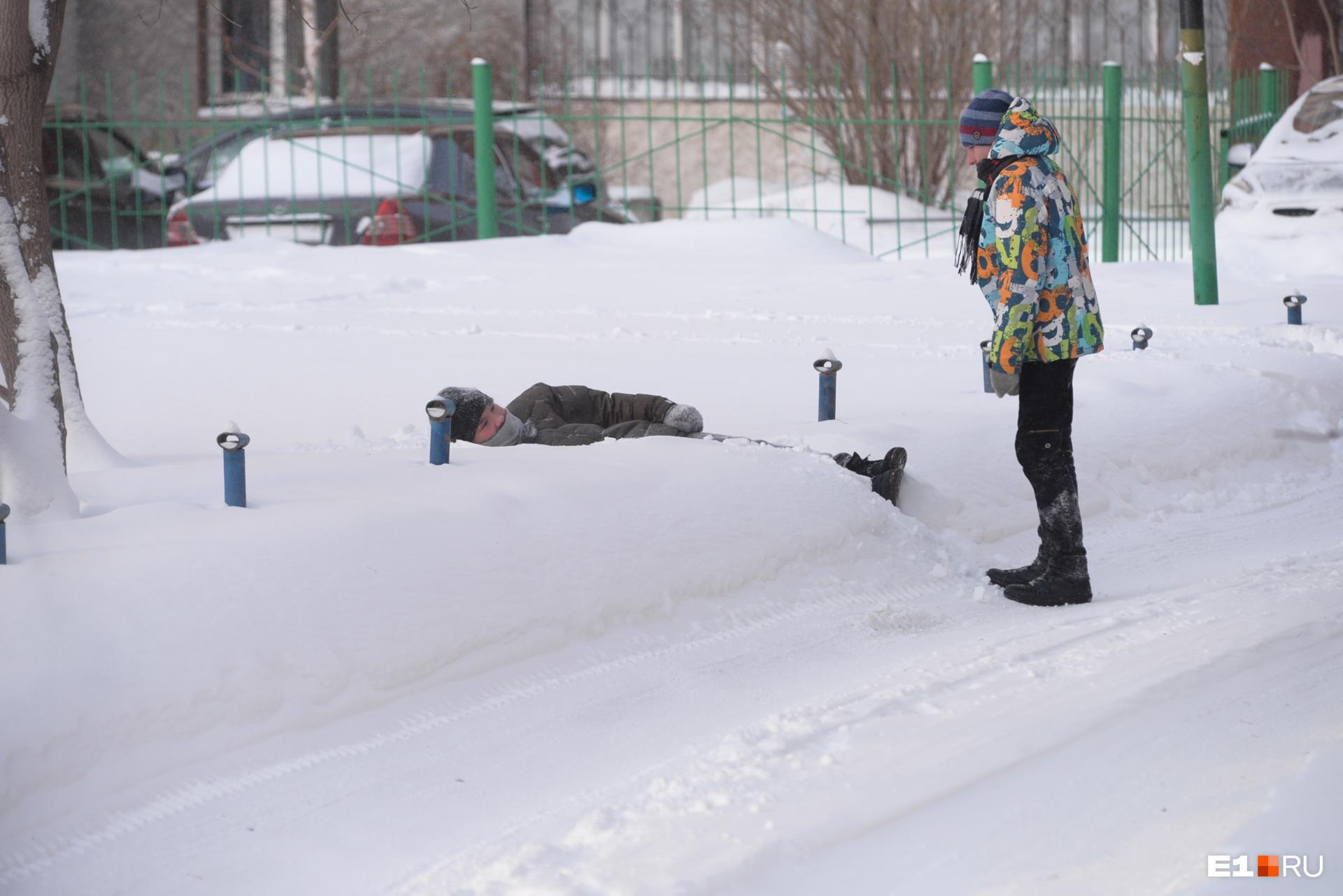 И все-таки в снегопадах есть своя прелесть, правда?