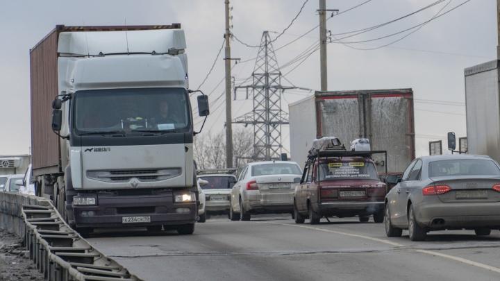 В Ростове начали строить мост на улице Малиновского