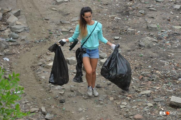 Субботники на берегах Городского пруда проводят не в первый раз