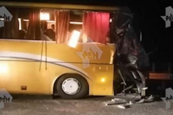 В автобусе было 40 человек, 7 из них пострадали во время ДТП