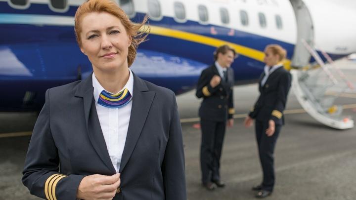 «Нам платят за стресс»: женщина-пилот из Красноярска откровенно рассказала о своей работе