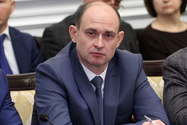 Сергей Маркин до работы в мэрии трудился на железной дороге