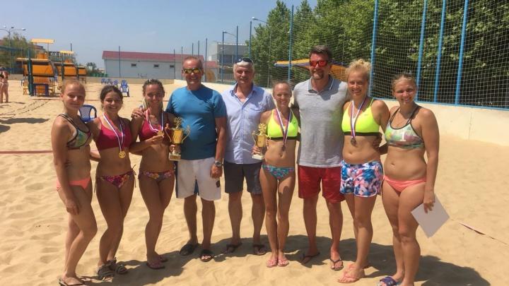 Новосибирцы с нарушением слуха стали чемпионами России в волейболе на пляже