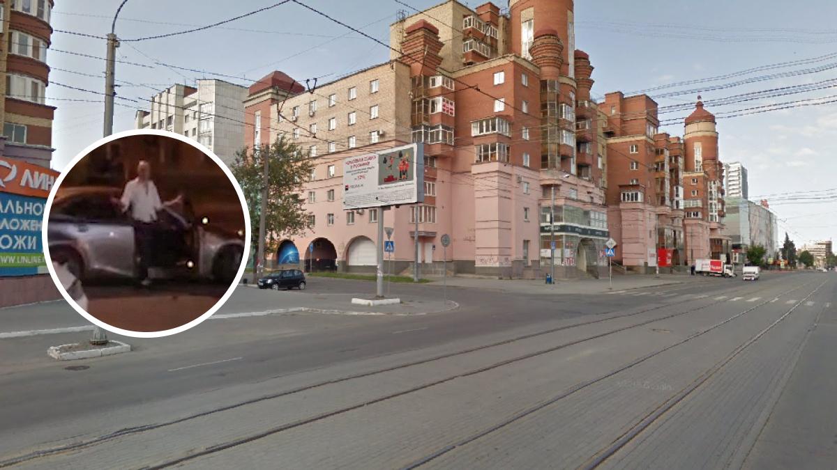 Инцидент произошёл на перекрёстке Карла Маркса — Пушкина в ночь на субботу. В полицию очевидцы не обращались