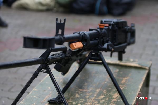 В парке Горького покажут оружие, захваченное у боевиков