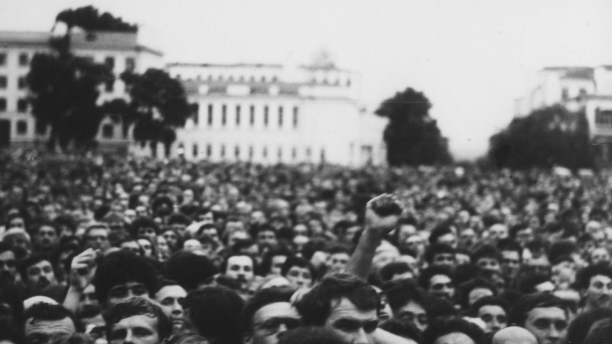 «Против амбиций Министерства обороны»: публикуем фото с митингов времен перестройки