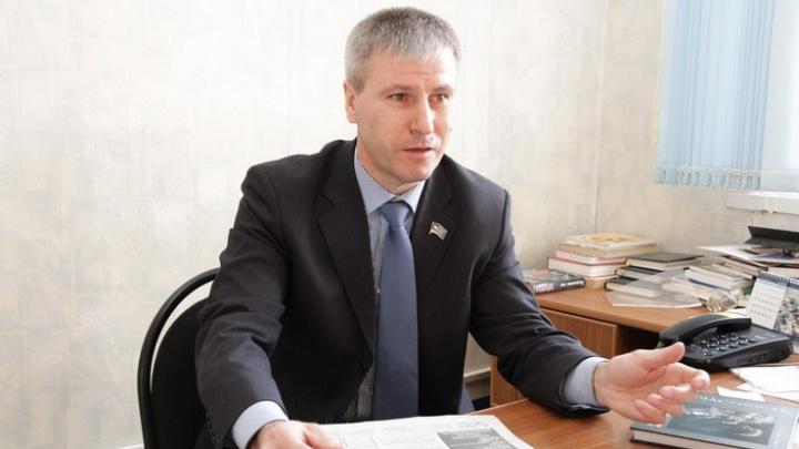 Миасского депутата, обвиняемого в получении взятки в 8 миллионов, выпустили из СИЗО