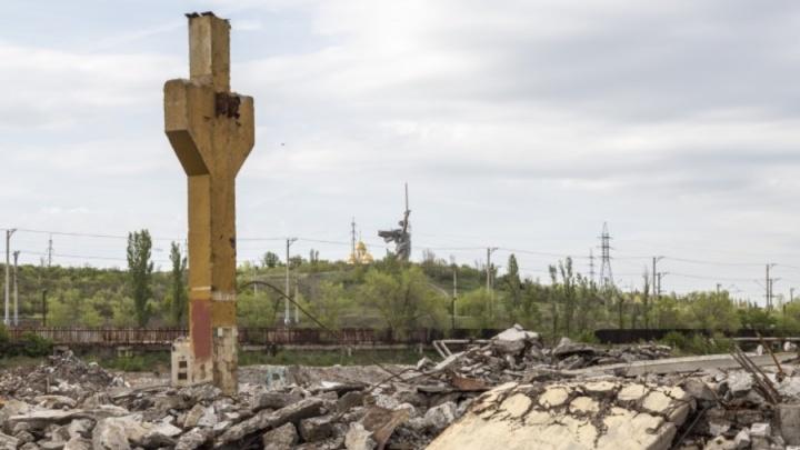 В Волгограде сталкеры сняли руины Метизного завода: фоторепортаж