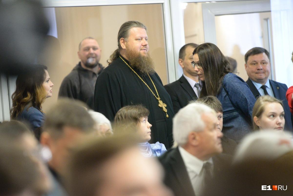 Отец Максим Миняйло пришел на встречу