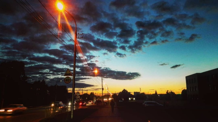 Новосибирцев заворожил яркий осенний закат