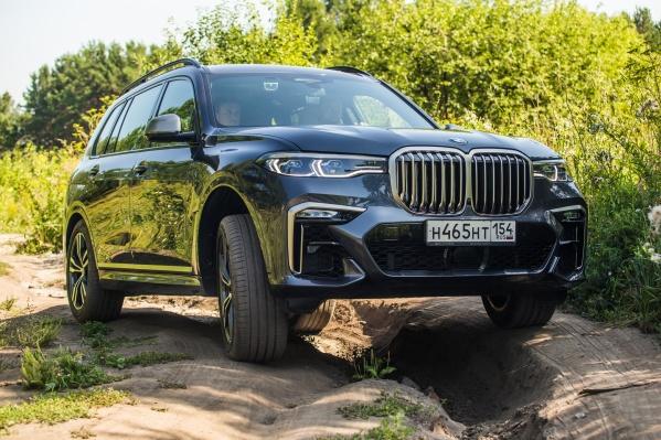 BMW X7 на бездорожье