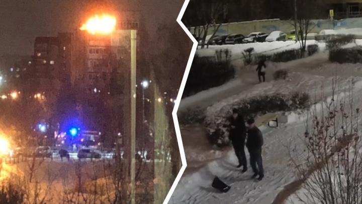Запустили салют в балкон: МЧС ищет тюменцев, устроивших пожар в многоэтажке на Логунова