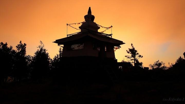 """""""Посчитали монастырь сектантским"""": эксперты признали качканарских буддистов ненастоящими"""