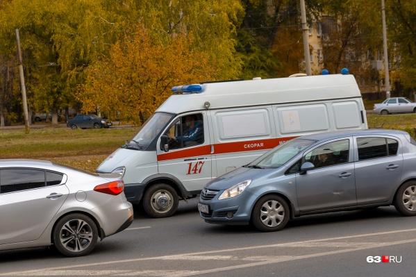 Скорая увезла детей в Отрадненскую больницу