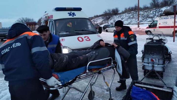 В Самарской области с Волги эвакуировали мужчину, которому стало плохо с сердцем