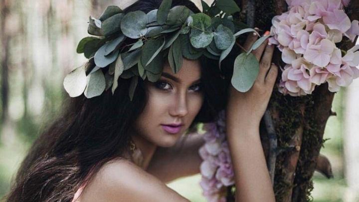 Привлекательную студентку выбрали представлять Сибирь на мировом конкурсе красоты в Индии