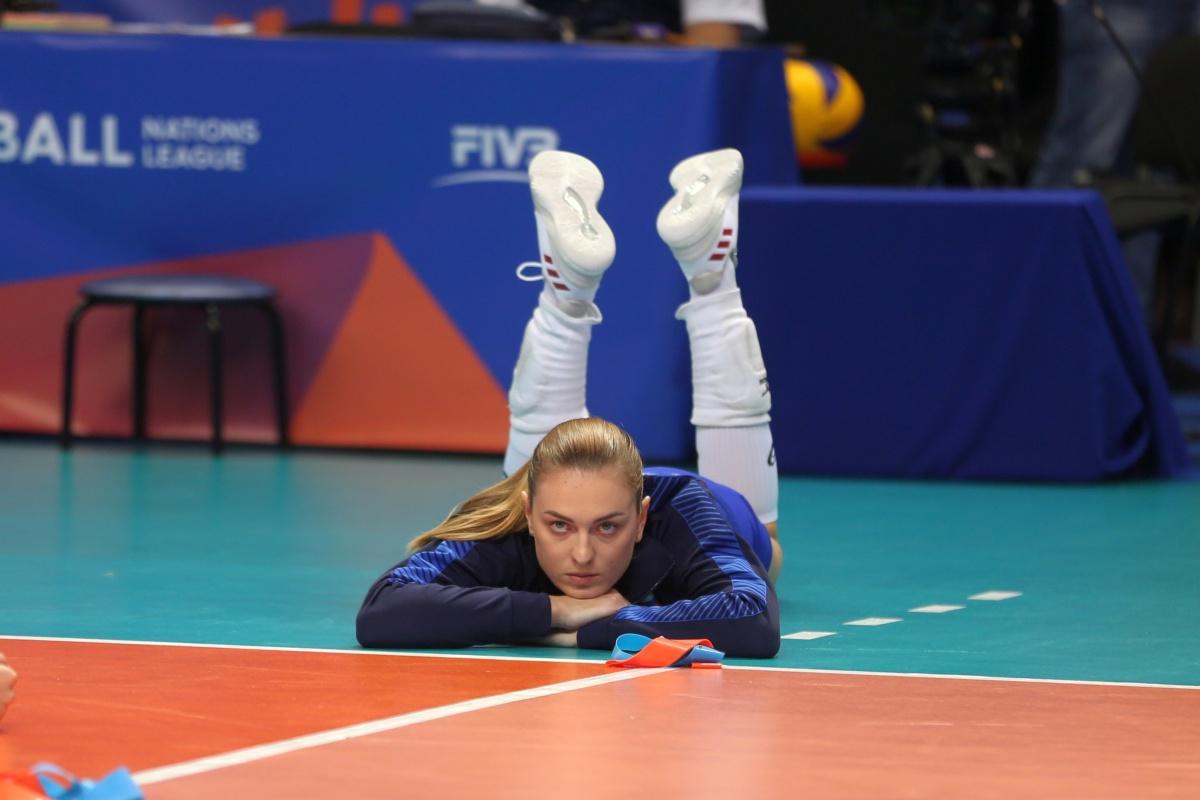 В Екатеринбург приехали самые красивые волейболистки мира: 35 фотографий девушек из Лиги наций